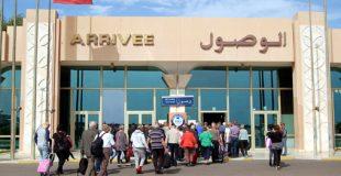 """أكادير : مواطن جزائري """" مختل"""" يحدث ارتباك في المطار"""