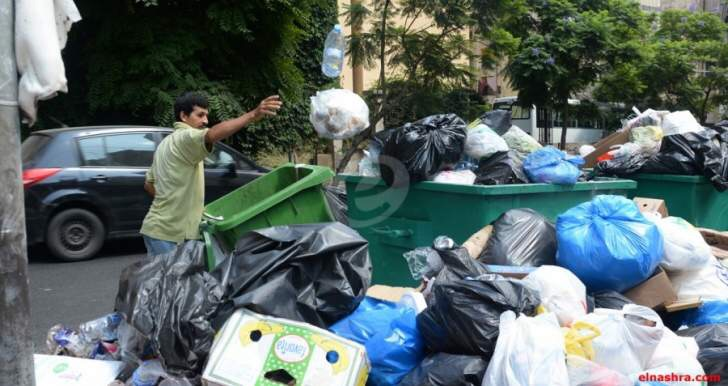 أكادير : أعوان السلطة ينوبون عن المجلس البلدي في جمع النفايات