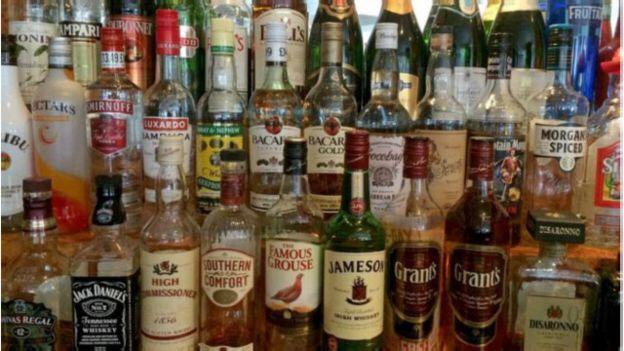 حكومة العثماني تراهن على رفع مداخيل رسوم استهلاك الخمور إلى 1.44 مليار
